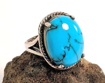 Turquoise Sterling Silver Vintage Ring - Native American - Tribal