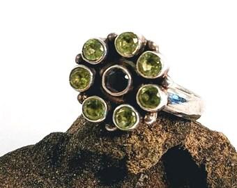 Sterling Silver Peridot Garnet Vintage Ring