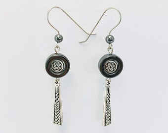 Celtic knotwork Dangle Earrings - Hematite - St. Patrick's Day - Irish