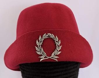 Laurel Wreath Gothic Bell - SCA Peerage Bucket - 15th c Felt Hat