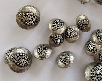 25 Hammered Silver Tone Metal Floral Buttons