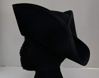 Yorktown Military  Tricorn - American Revolutionary Felt Hat - No Laces Black Edging