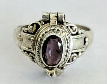 Pinky Amethyst Poison Ring - Renaissance - Victorian Steampunk