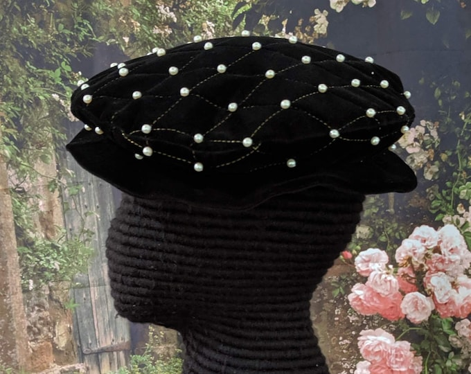 Elizabethan Quilted Velveteen Flat Cap with Pearls Renaissance 16th c.