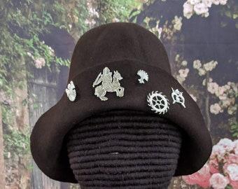 Felt Hat with Pilgrim Badges - Gothic Hood - Renaissance - 15th C. SCA