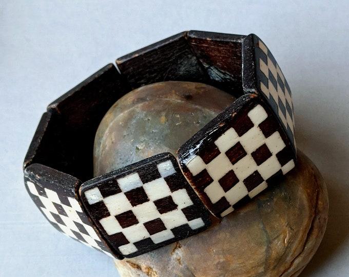 Bone Checkerboard Stretch Bracelet