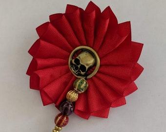 Skull Cockade - Memento Mori - Pirate Hat Ribbon Pin With Trade Beads