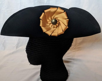 Gold Cockade Tricorn - Colonial Officer Tricorne - Captain's Cockade