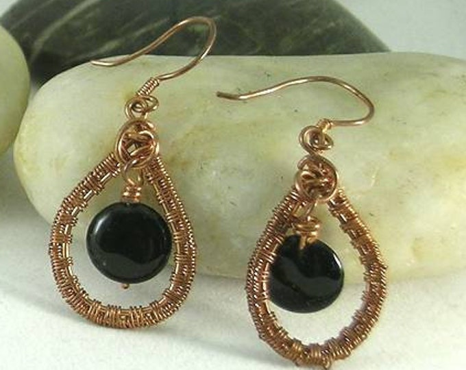 Onyx Coin Woven Wire Loop Earrings