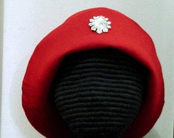 Scallop Shell on Felt Hat - Gothic Bell - Pilgrim Bucket - SCA 15th c