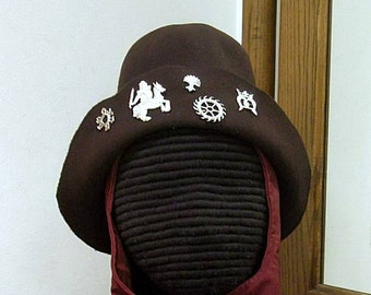 Felt Hat with Pilgrim Badges - Gothic Hood - Renaissance - SCA