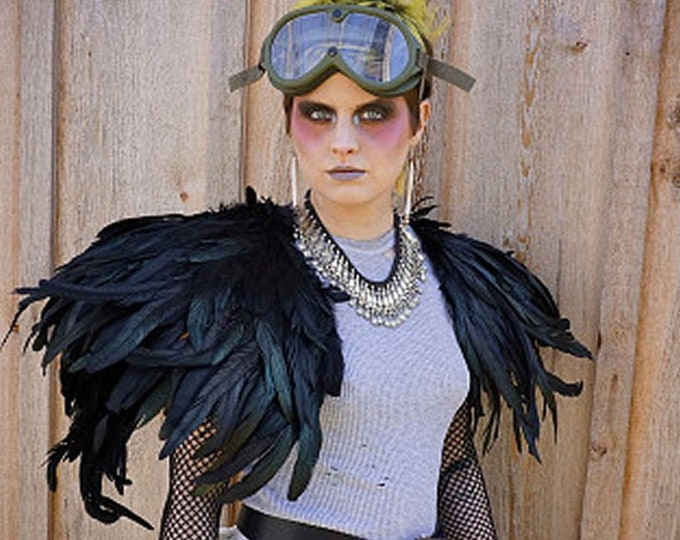 Raven Crow Capelet - Wings - Black Bird - Crow - Rooster Feathers