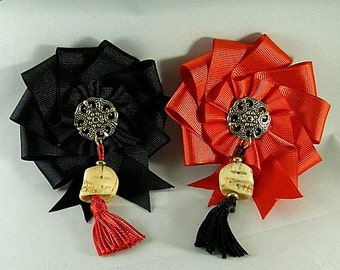 Skull Cockade - Memento Mori - Pirate Hat Ribbon Pin - Remember Death