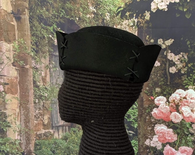 4-Sided Felt Hat w/Laced Corners - Gothic - Renaissance - SCA 15th c.