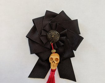 Skull Cockade - Memento Mori - Pirate Hat Ribbon Pin - Remember Death