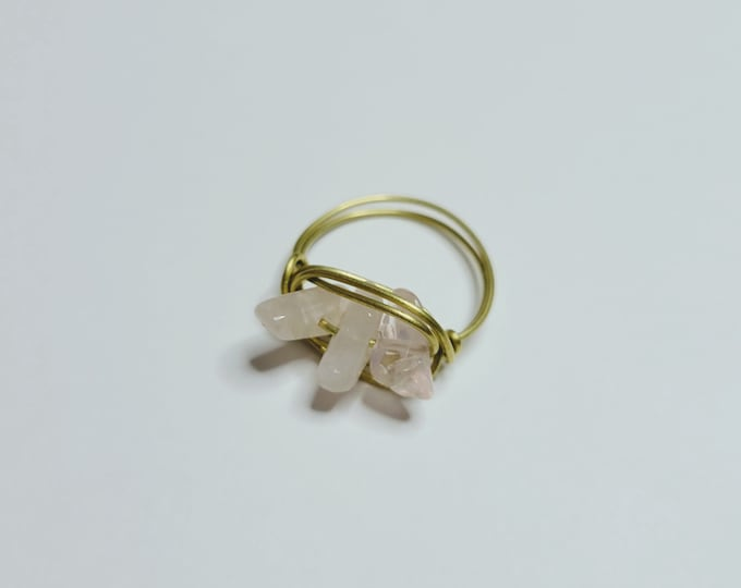 Rose Quartz Chip Bead Ring - Wire Wrapped Ring - Wire Rose Quartz Ring