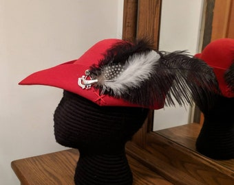 Cocky Red Bycocket - Gothic Felt - Hunter's Cap - SCA Robin Hood Hat