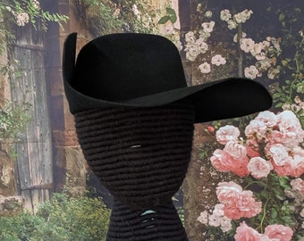 Cavalier Hat - Laced - Black Felted Wool - Musketeers - SCA - LARP