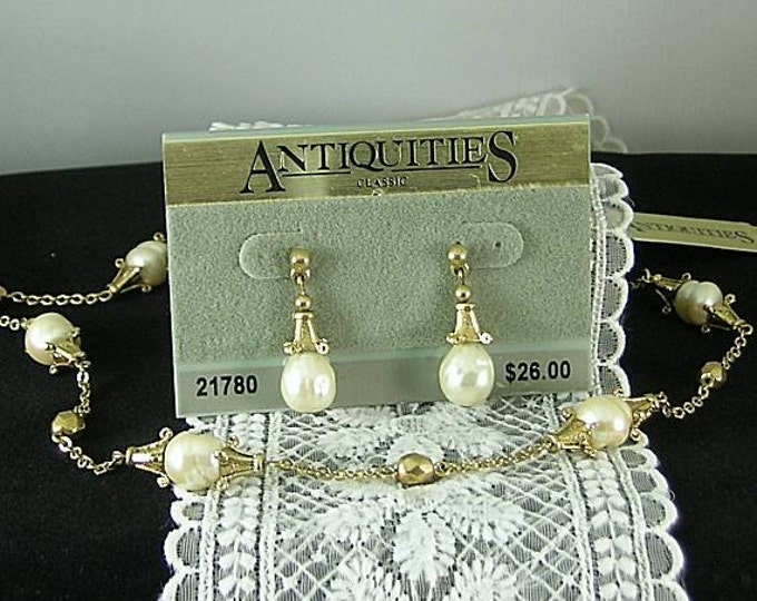 Pearl Necklace and Earrings Set - Antiquities Elizabethan Renaissance