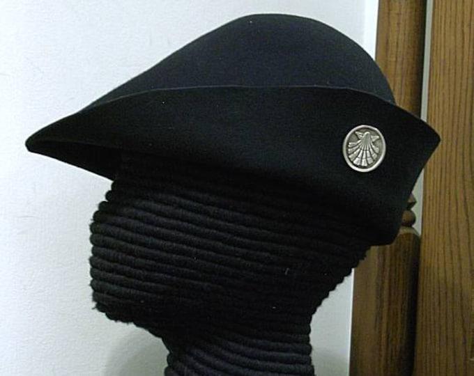 Pilgrim Shell Badge Felt Hat - Gothic Bell - Bucket - SCA - 15th c