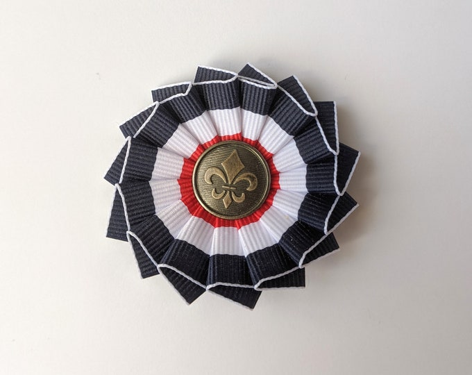 Fleur de Lis French Cockade for Tricorn - Pleated - Blue, White and Red