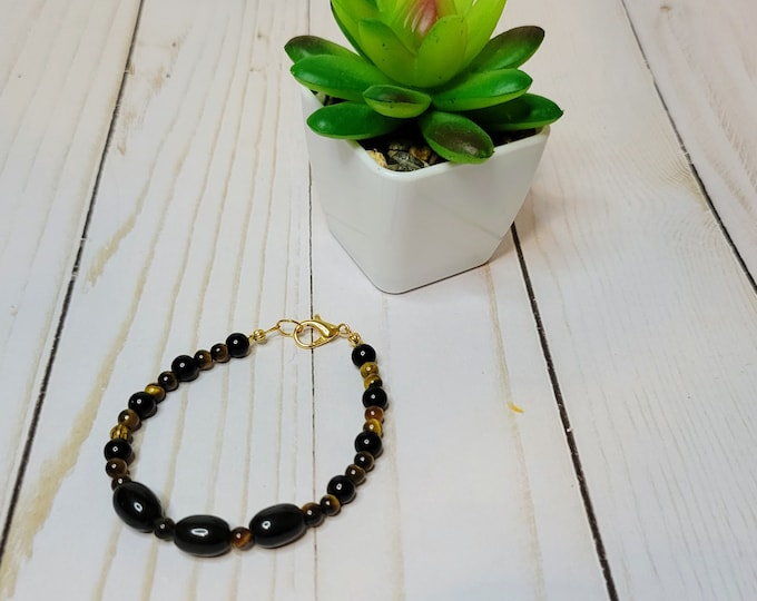 Onyx and Tiger's Eye Beaded Bracelet - Healing Bracelet - Strength and Protection Bracelet - Stone Bracelet