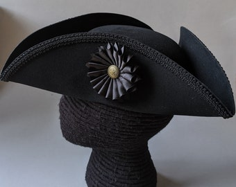 Field Officer's Tricorn - Colonial Black Trim Hat - Black Cockade - Military Tricorne