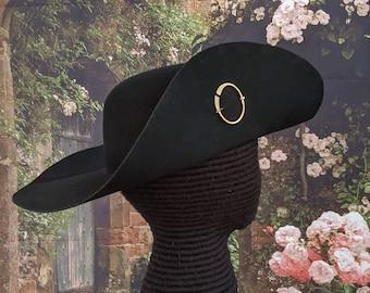 Cavalier Hat - Circle Brooch - Black Felt SCA
