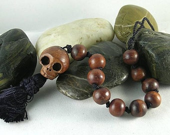 Wooden Skull Paternoster w Round Wood Beads - Memento Mori