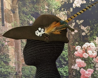 Cocky Rooster Brown Bycocket - Pheasant Felt Cap - SCA Robin Hood Hat