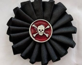 No Quarter Given! Skull and Crossbones Cockade - Pirate - Memento Mori