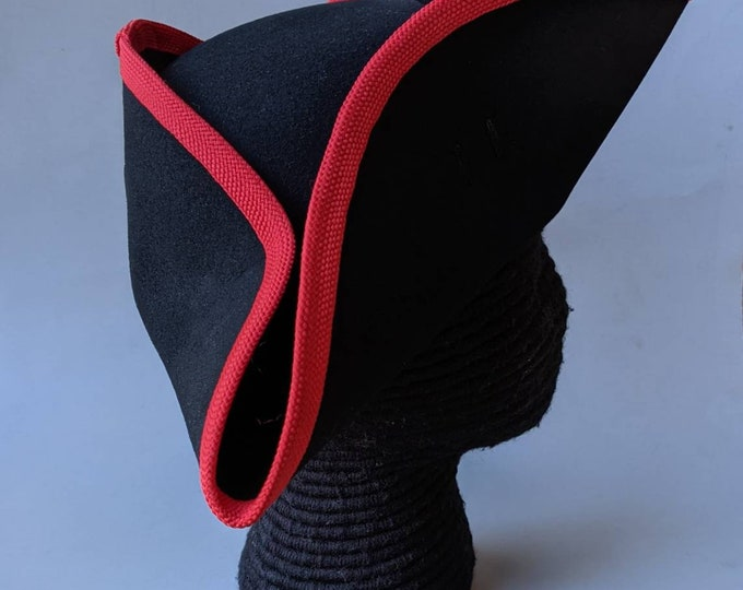 Yorktown Military Tricorn - Red Edging - American Revolutionary Felt Hat