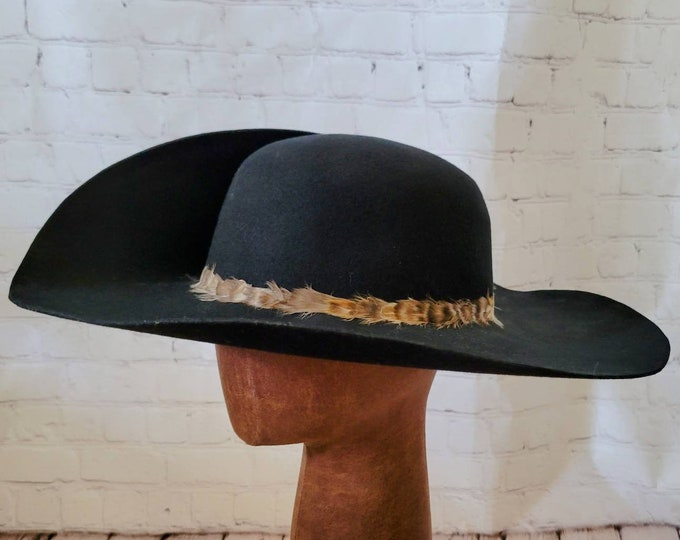 New Stock! Black Felt Cavalier Hat - Brooch - Chinchilla Feather Hatband