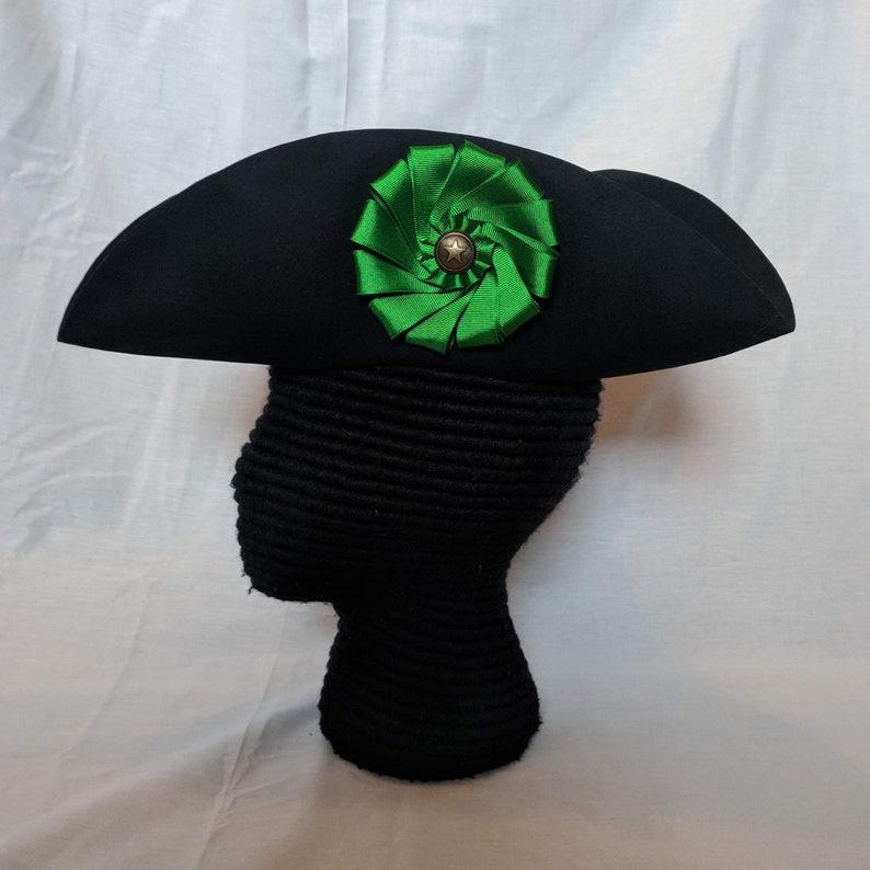 Green Cockade Tricorn Colonial Subaltern s Felt Hat  4592e362499c