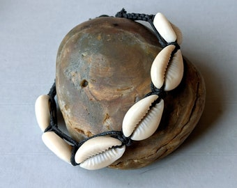 Goddess Cowrie Shell Macrame Bracelet Protection Fertility Prosperity