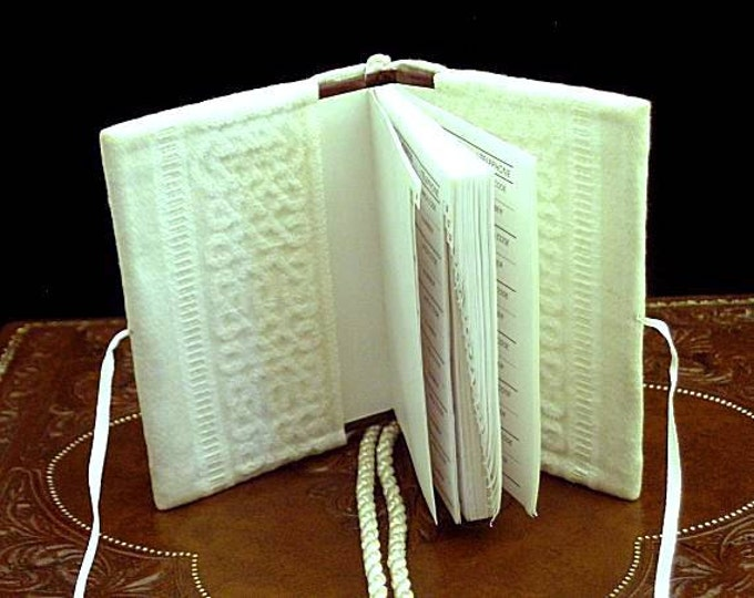 Cream Damask Girdle Address Prayer Book - Renaissance Dress Accessory