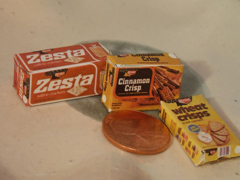 DOLLHOUSE MINIATURES Size Snack Cracker BOX # R