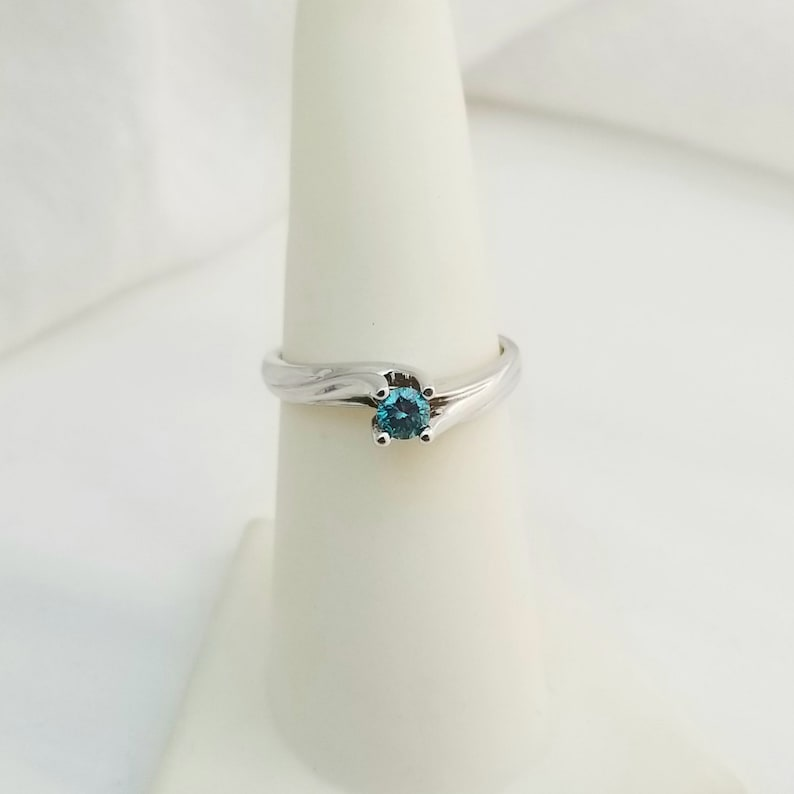 Genuine 14kt White Gold Ring with Genuine Blue Colored Enhanced Diamond L1578