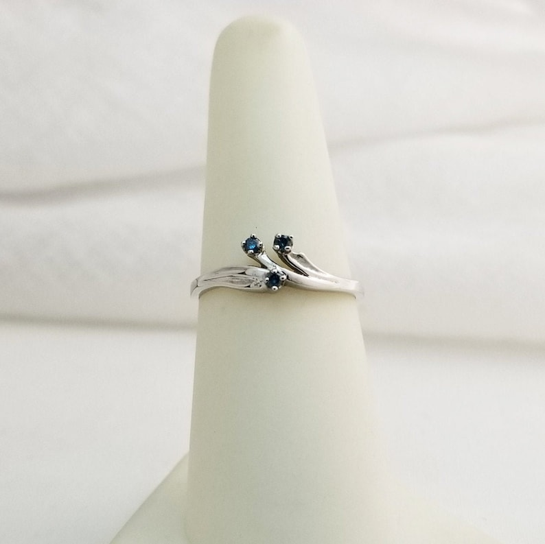 Genuine 14kt White Gold Ring with Genuine Blue Colored Enhanced Diamond L778