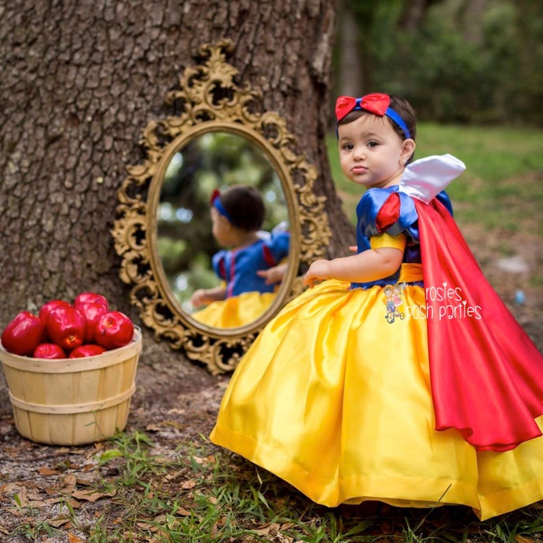 Snow White dress for Birthday costume or Photo shoot Snow image 0