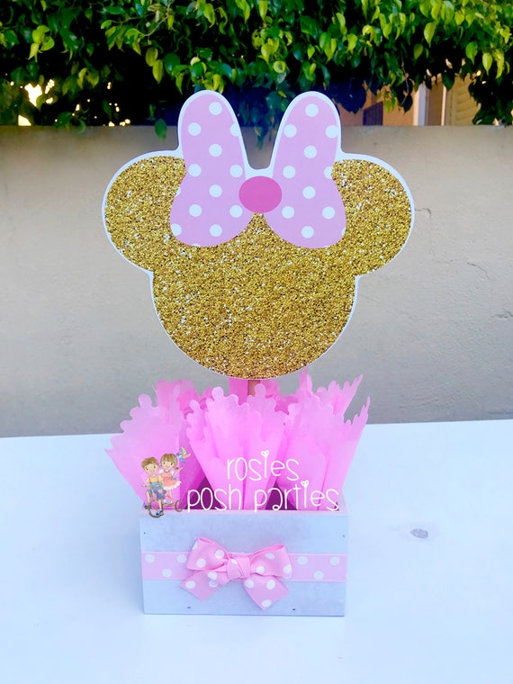 Minnie Mouse Baby Shower Table Decorations  from i.etsystatic.com