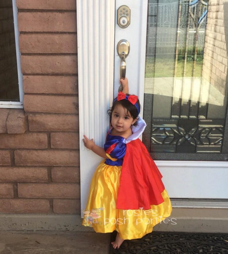 Snow White dress for Birthday costume or Photo shoot Snow image 1