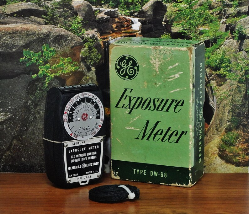 Vintage GE Exposure Light Meter Type DW-68, Reflective and Incident  Readings, Circa: 1950, Superb!