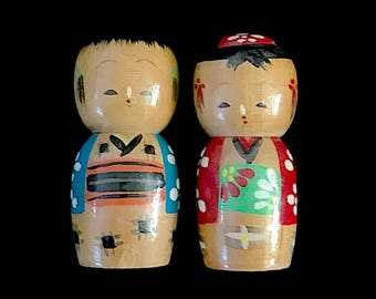 Salt and Pepper Mid Century Novelty Retro Japanese Ceramics Girls in Pinnies Vintage Pair of Shakers Apron Outfit Charm Table Cruet