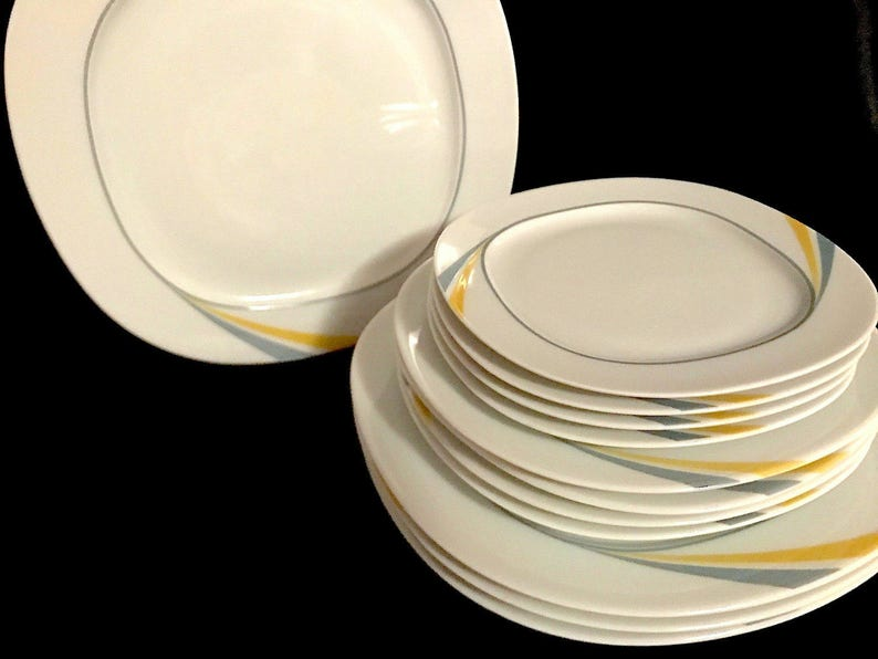 Vintage Mid Century Modern Thomas German Porcelain Dinnerware Set 12 Pcs Dinner /& Side Plates White Yellow Grey Swirl Modernist Design 1970s