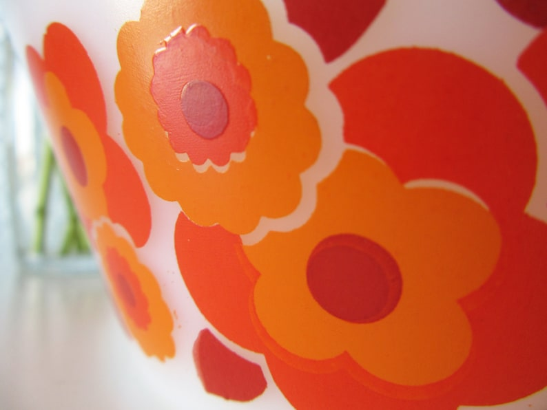 Vintage Arcopal Casserole Dish with Orange and Red Floral Design Lotus 70s