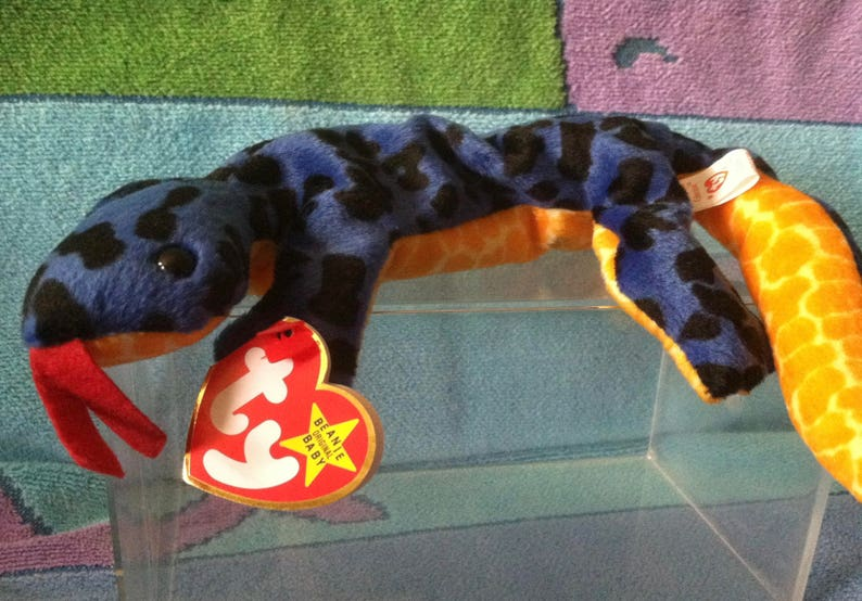 03a3638a2a5 Ty beanie baby retired Lizzy the lizard style 4033