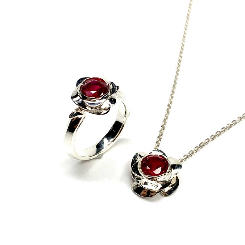 Ruby silver ring  Rose silver ring  Ruby  Sterling Silver  Gemstone  July birthstone  Red  Made in JAPAN  Handmade  Gift