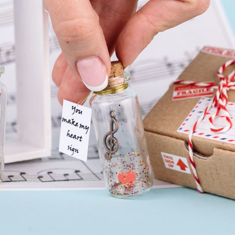 Musician gift Personalized Gift for husband Musician gift for him Wish jar Gratitude jar Alto clef gift for boyfriend