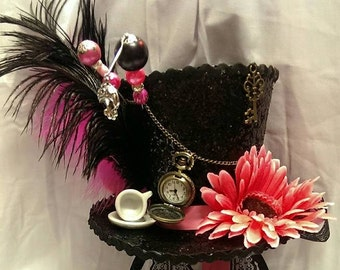 Mad Hatter Alice in Wonderland Through the Looking glass Bespoke Mini Top Hat Real Pocket Watch Steampunk Cosplay Wedding Ascot Halloween